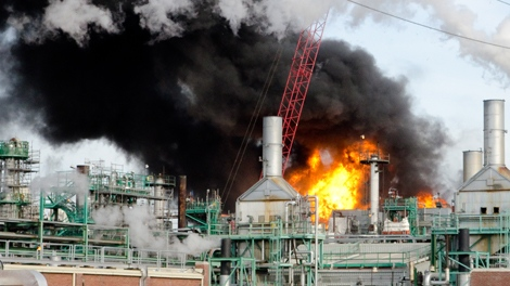 Refinery fire in Regina on Thursday October 6th (Don Lacharite/MyNews.ca)