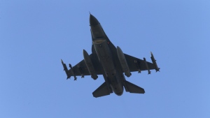 A missile-loaded Turkish Air Force warplane rises in the sky after taking off from Incirlik Air Base, in Adana, southern Turkey on July 29, 2015. (AP / Emrah Gurel)