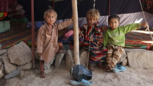 Internally displaced Afghan children at their temporary home in Kabul, Afghanistan, on May 30, 2016. (Rahmat Gul / AP)