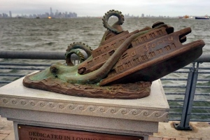 In this Sept. 29, 2016 photo, the cast bronze faux monument by artist Joseph Reginella, dedicated to the memory of the victims of the steam ferry Cornelius G. Kolff, is shown in the Staten Island borough of New York. (AP / Ula Ilnytzky )