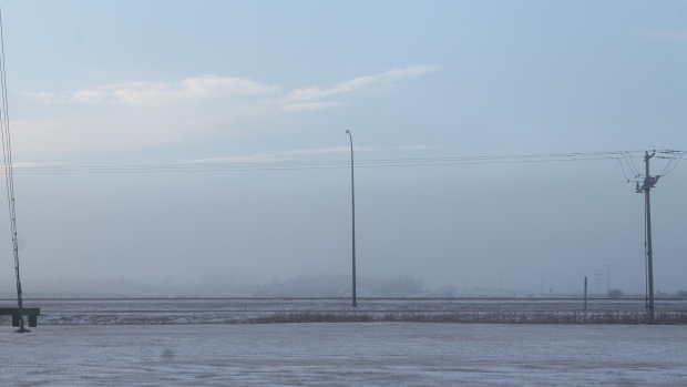 Foggy conditions on Highway 1 east of Regina are shown on Dec. 4, 2016. (Katherine Hill / CTV Regina)