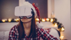Despite high prices, VR headsets could still find a place under the tree this Holiday.  © South_agency / Istock.com